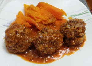 Porcupine meatballs, cooked in the pressure cooker.